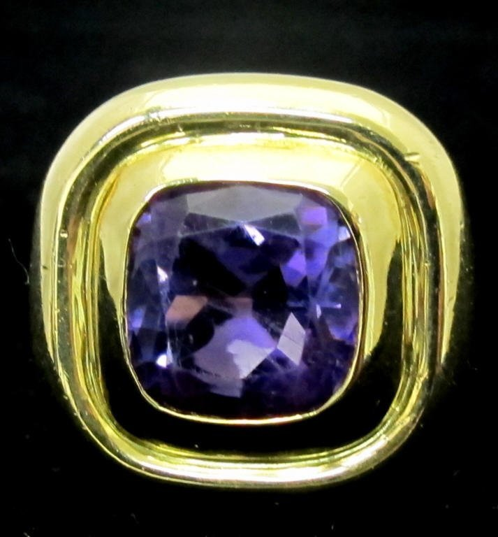 18K Solitaire Amethyst Ring
