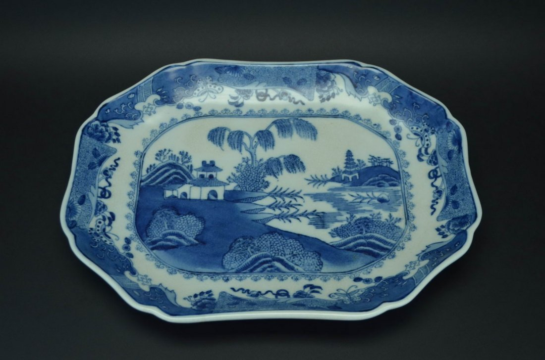 Export porcelain blue and white plate