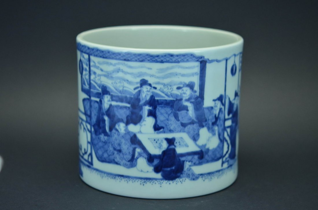 Blue and white figures bowel
