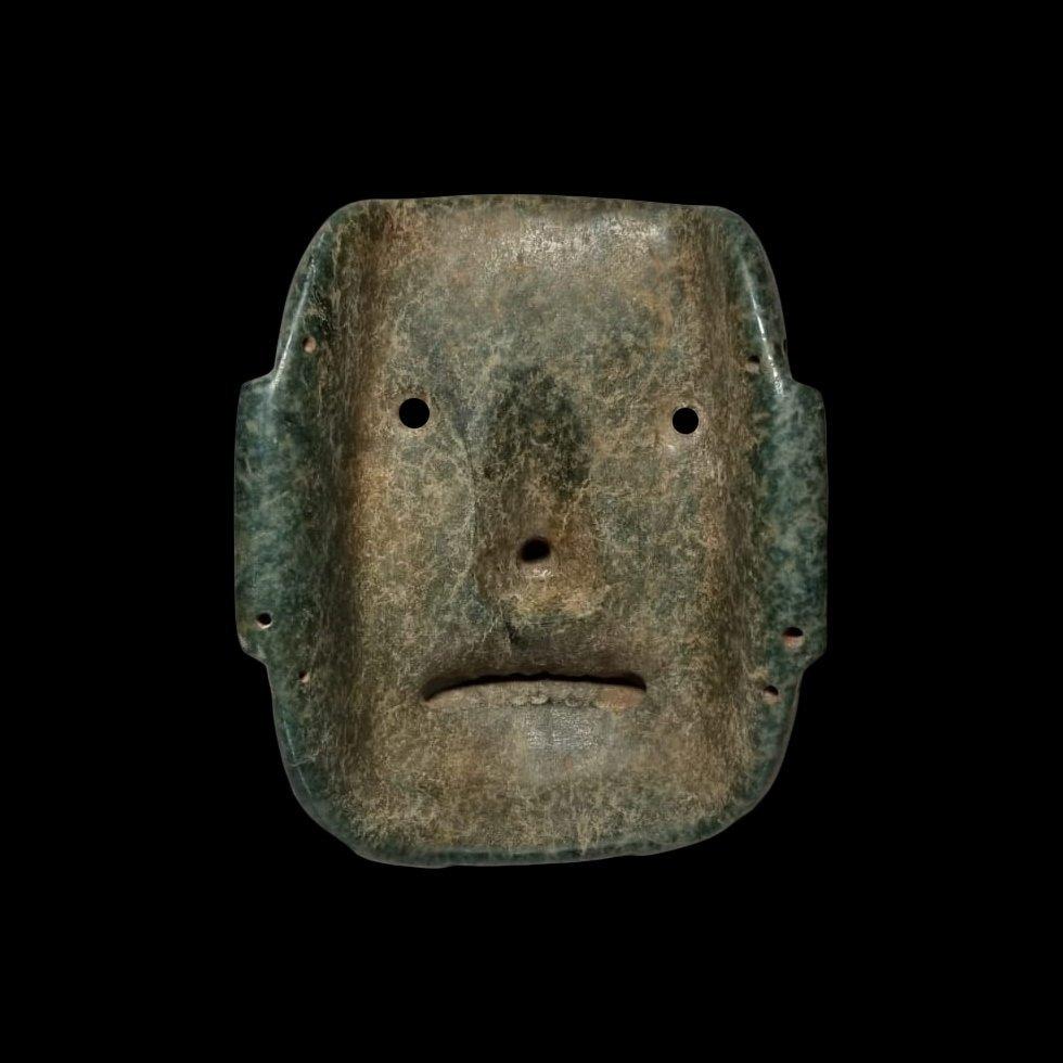 Fine PreColumbian Olmec Serpentine Funerary Mask - 3