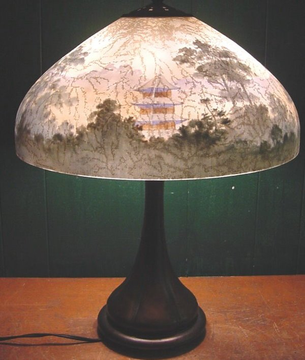 "89: Handel ""Pagoda"" Table Lamp"