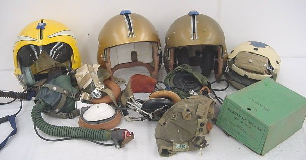 43: Aviation (20+) Pieces of Grumman related collectibl