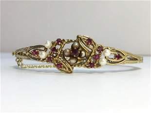 A Vintage Garnet and Cultured Pearl Bracelet in 9ct