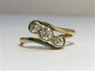 A Victorian 3 Stone Diamond Ring with 18ct Yellow Gold