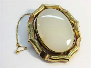 A large Victorian swivel brooch approximately 6cm