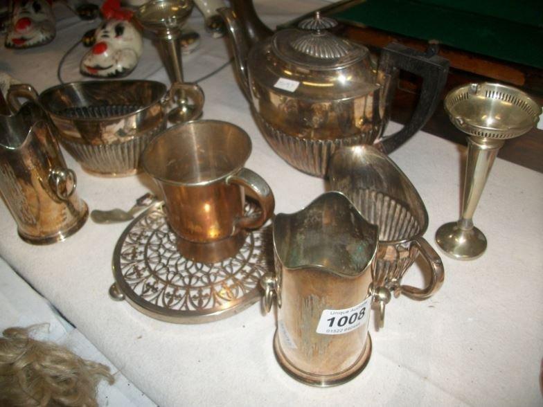 A mixed lot of silver plate inc tea set