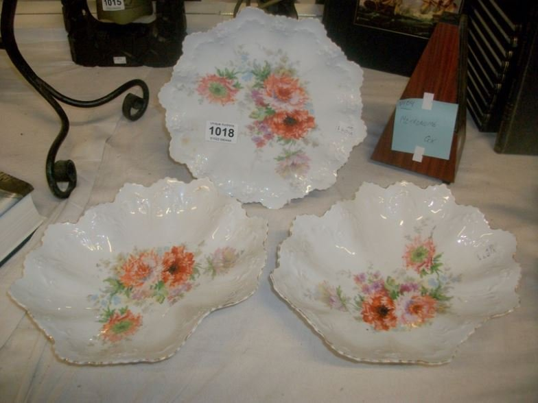 2 Victorian dishes and a plated decorated with flowers