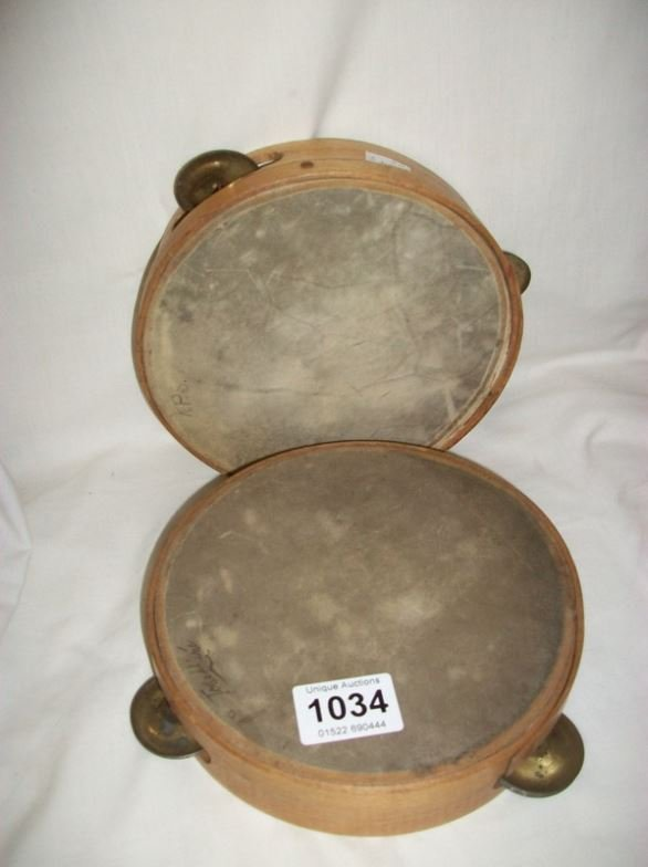 2 tambourines