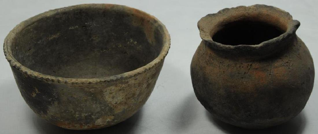 LOT OF 2 PIECES OF ANCIENT INDIAN POTTERY
