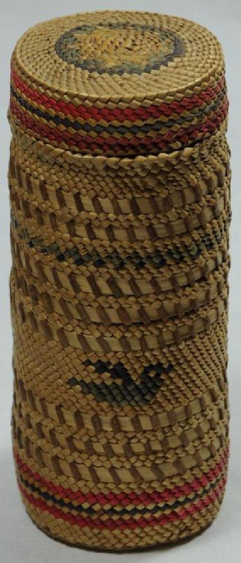 ONE EFFIGY PATTERN MAKAH WOVEN BASKET BOTTLE HAS