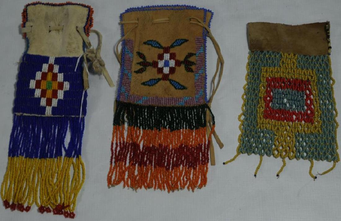 LOT OF 3 BEADED ITEMS TO INCLUDE A BEADED BAG ON