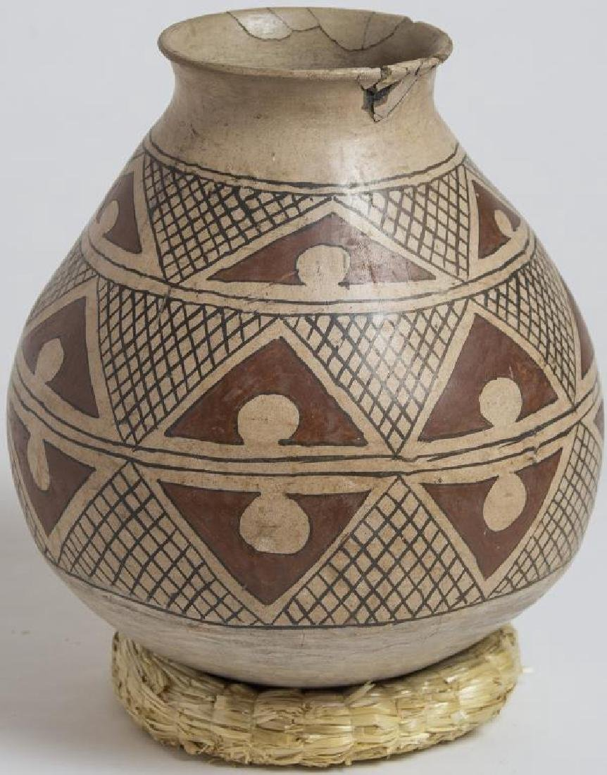 2 PUEBLO POTTERY, CASAS GRANDE EFFIGY POT WITH - 2
