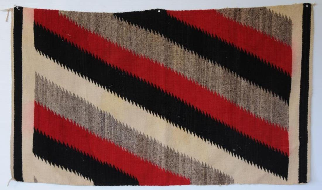 EARLY 20TH C. NAVAJO WEAVING WITH DIAGONAL BANDS