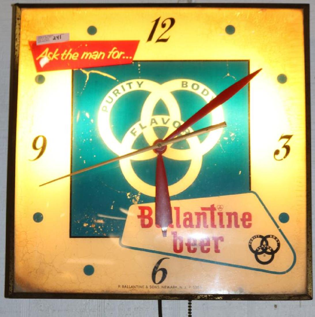 OLD VALENTINE BEER ADVERTISING CLOCK, AGE - 2