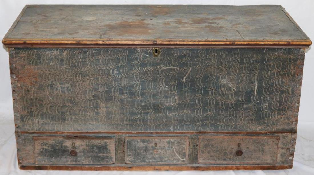 EARLY 18TH C. DOVETAIL 3 DRAWER BLANKET CHEST
