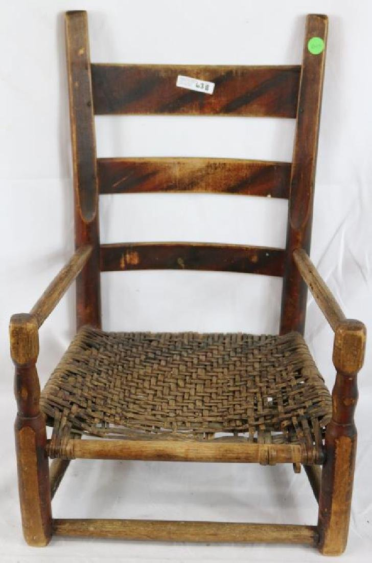 EARLY 19TH C. THUMB BACK CHILDS CHAIR, ORIGINAL