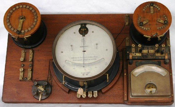 11: UNUSUAL WOOD & BRASS ELECTRIC CONTROL PANEL