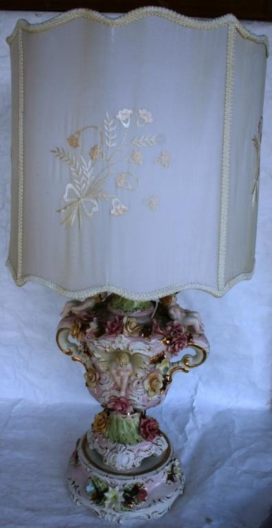 13: LARGE CAPODIMONTE STYLE LAMP, SHOWS SOME