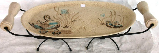 16: VINTAGE REDWING POTTERY SERVING TRAY