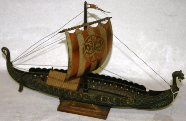 368: METAL VIKING SHIP WITH MUSIC BOX