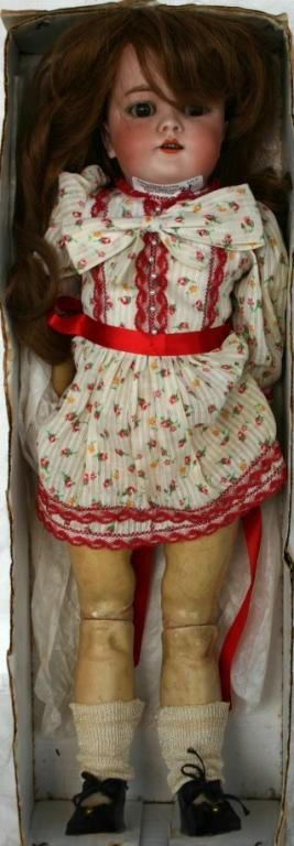 31: EARLY GERMAN PORCELAIN HEAD COMPOSITION DOLL,