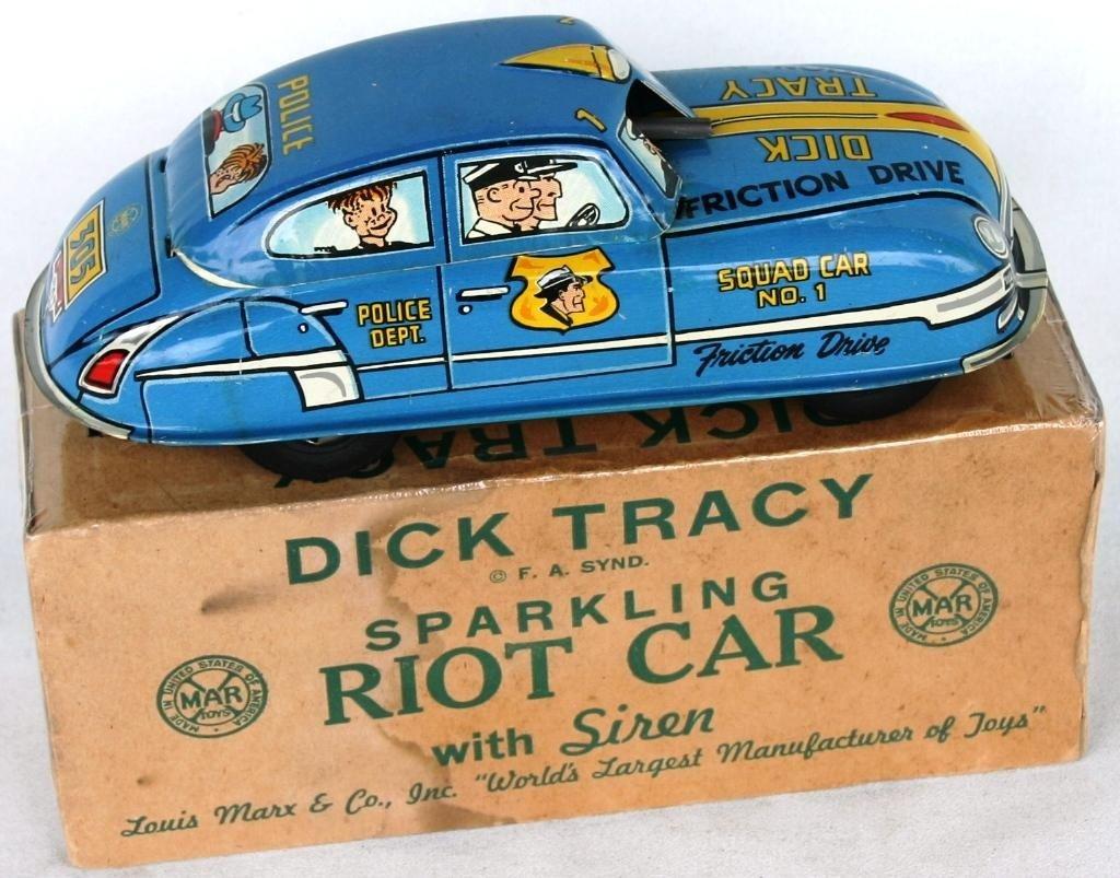 16: MARX TIN LITHO DICK TRACY RIOT CAR,