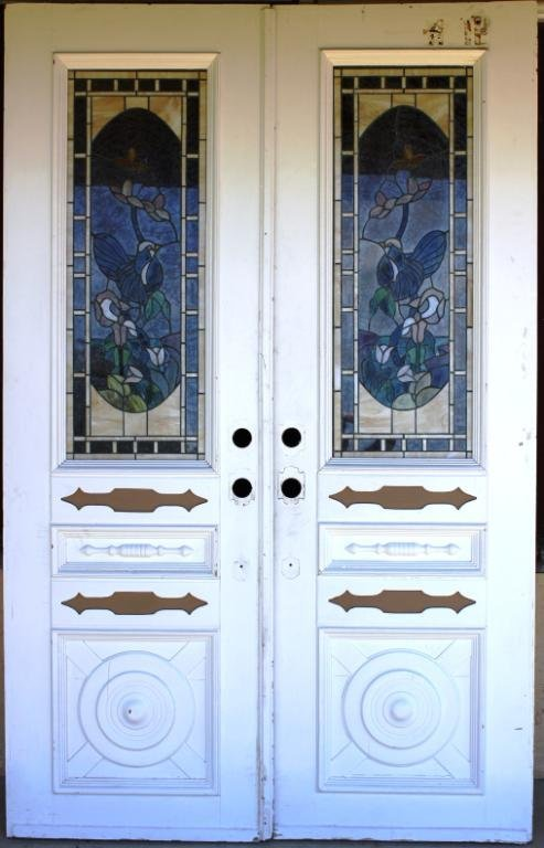 95: PAIR OF VICTORIAN STYLE DOORS, WITH