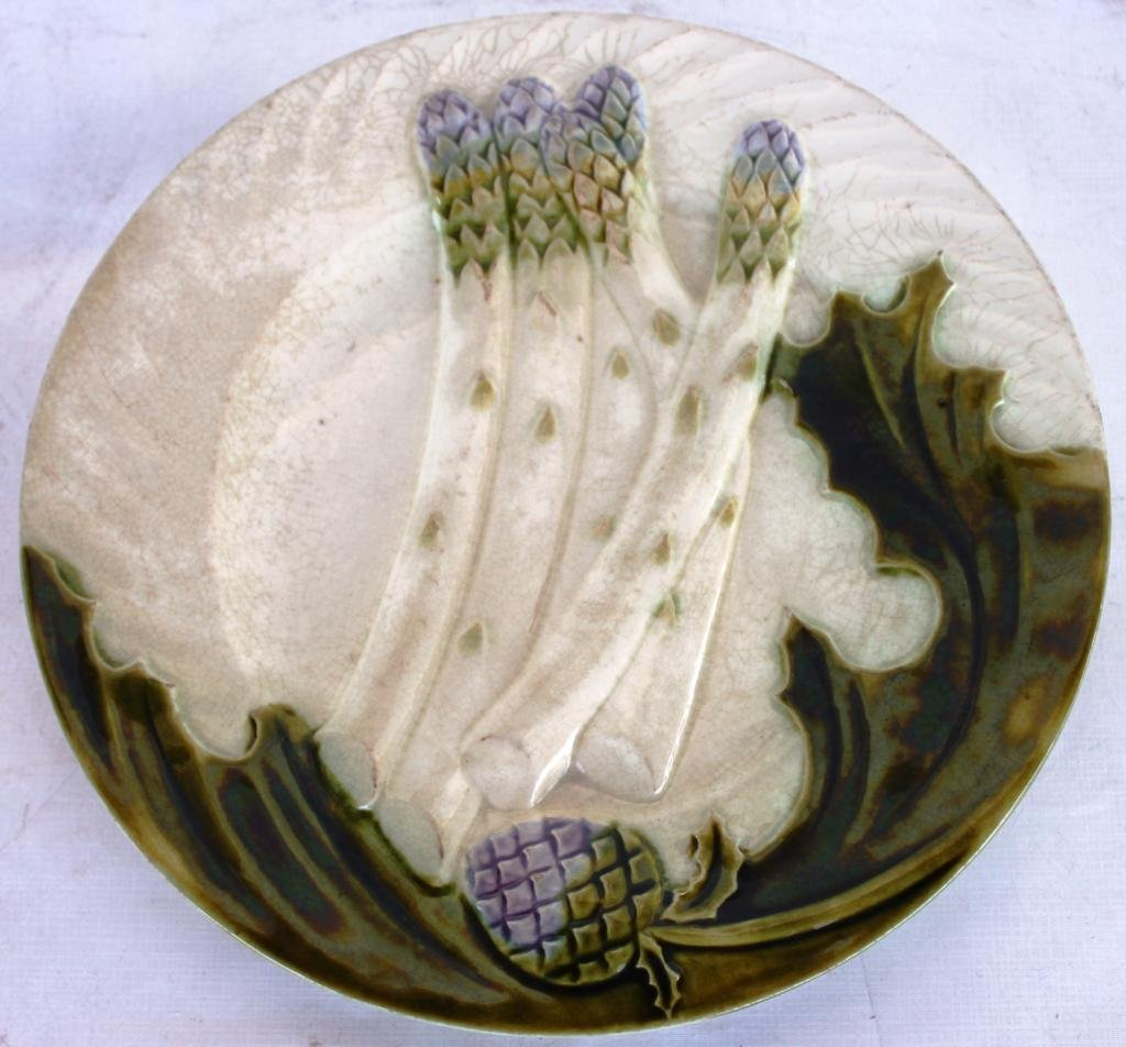 99: 19TH C. MAJOLICA ASPARAGUS TRAY WITH