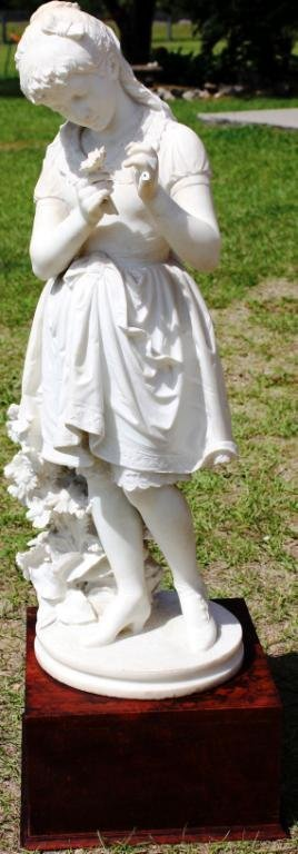 195: LATE 19TH C. CARVED MARBLE FIGURE OF YOUNG GIRL