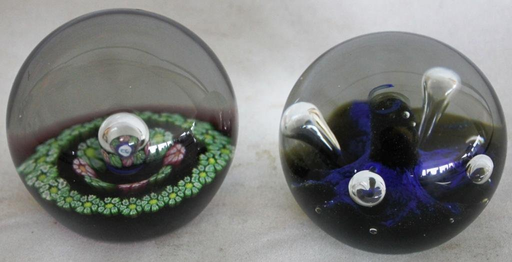 21: TWO SIGNED ART GLASS PAPERWEIGHTS BY - 2