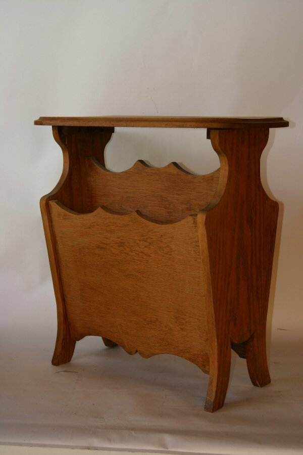 1013: Solid Oak Magazine Table