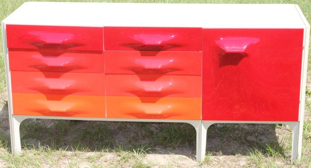 MID CENTURY MODERN CHEST OF DRAWERS,