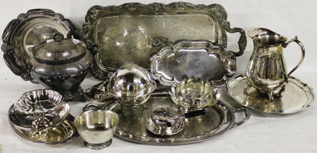 COLLECTION OF 17 PCS. OF SILVER PLATE,