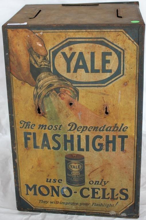 LITHO TIN ADVERTISING CASE FOR YALE FLASHLIGHTS,