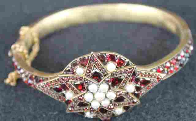 VICTORIAN GOLD FILLED, GARNET & SEED PEARL