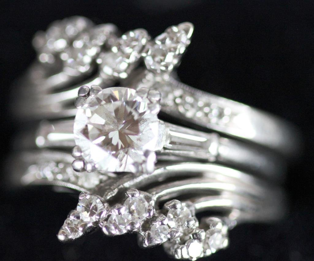 PLATINUM DIAMOND SOLITAIRE RING WITH