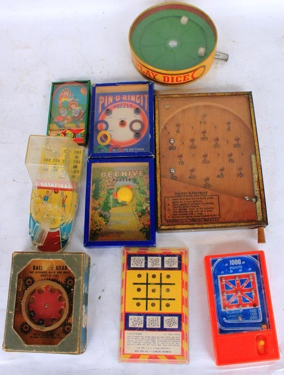 LOT OF 9 HANDHELD PUZZLE, PINBALL AND