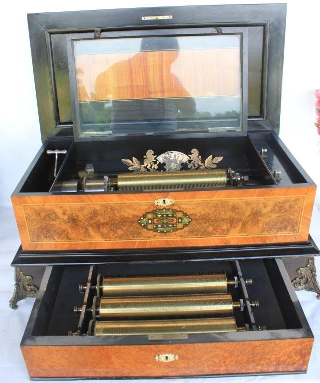 EXCEPTIONAL 19TH C. INLAID SWISS MUSIC BOX