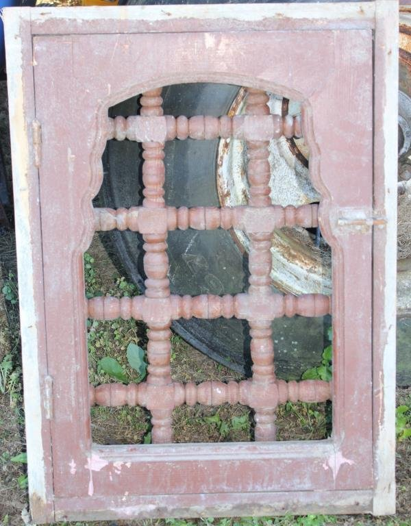 FRAMED WINDOW WITH WOODEN DIVIDER