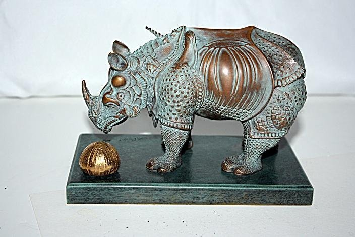 Salvador Dali RHINOCEROS Bronze Sculpture ( Rare)