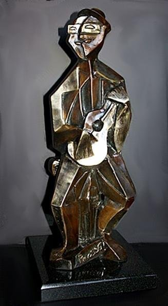 Beautiful Rare Picasso Bronze Sculpture-Man With Guitar