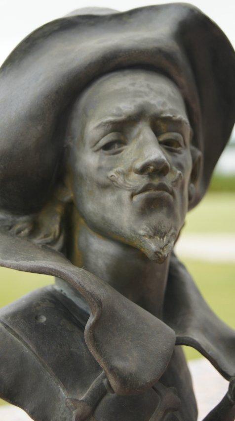 Charles VITAL-CORNU 1851-1927 BRONZE THE MUSKETEER