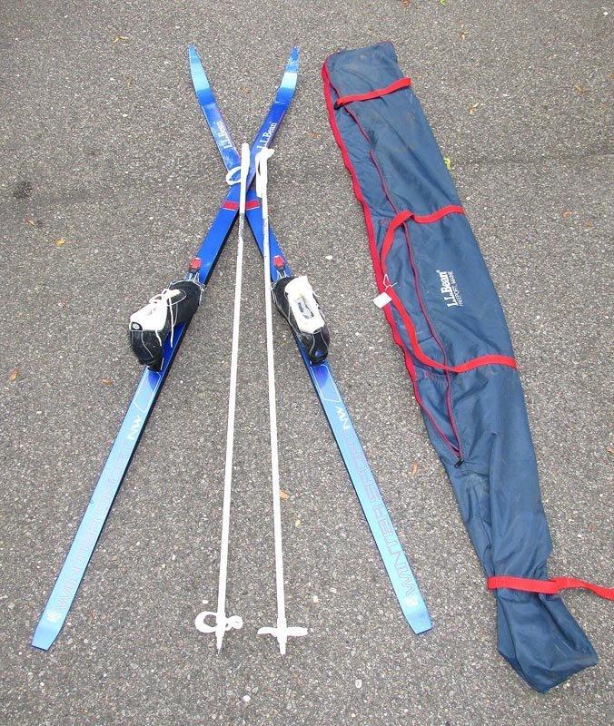Karhu-Titan cross country skis