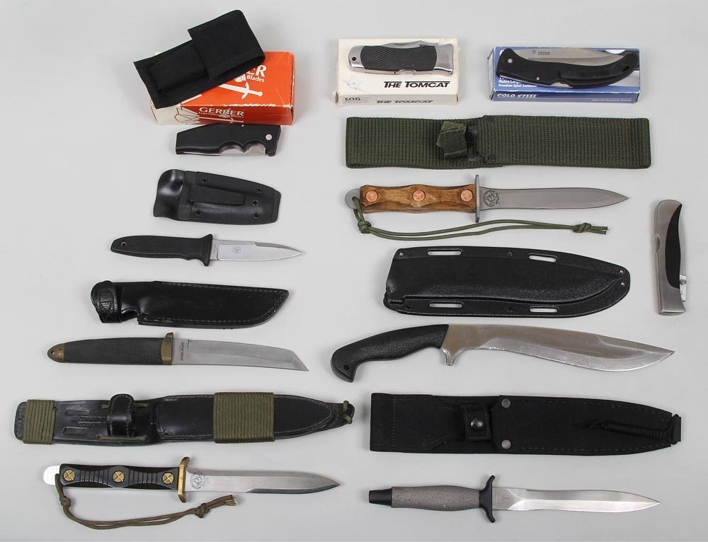 Group of (10) fixed and folding knives: Gerber fixed