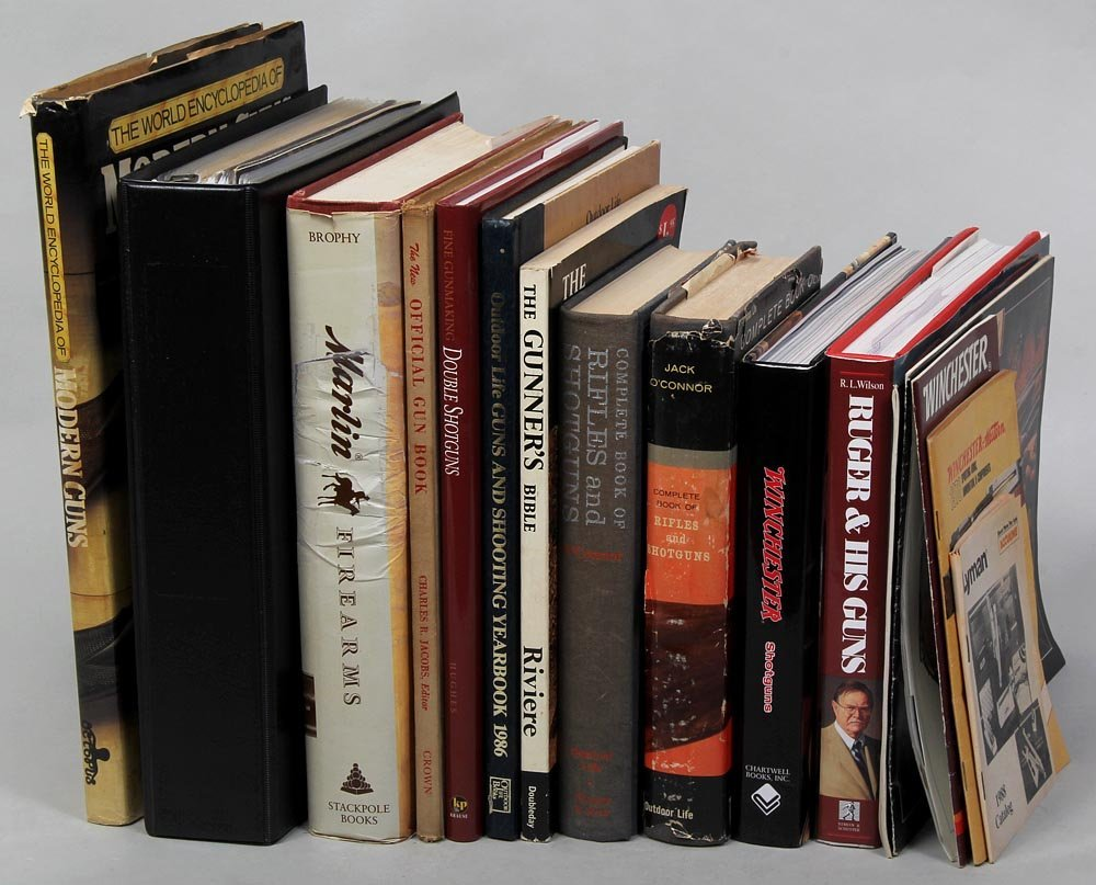 Group of (10) books on Guns & Gun Makers plus assorted