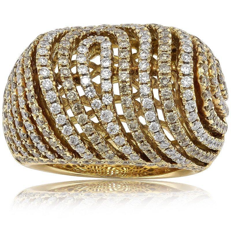 Charming 327pcs/2.79CT Diamond Ring Set in 18K Gold