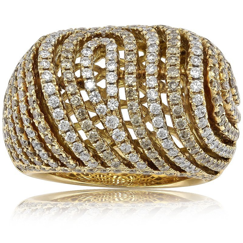 Charming 327pcs/2.79CT Diamond Ring Set in 18K Gold