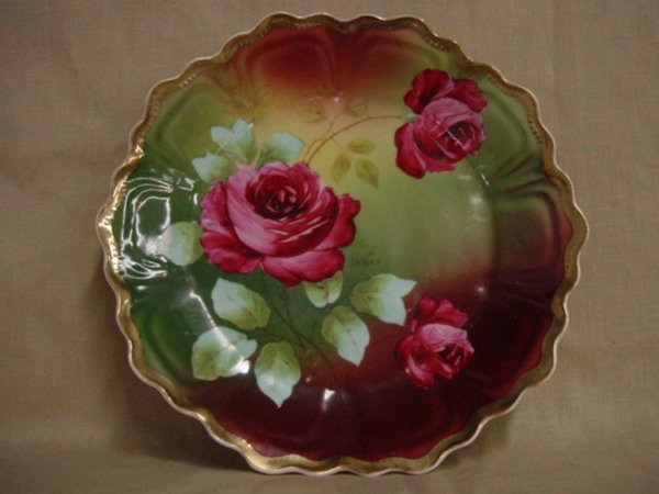 8012: Royal Vienna hand-painted plate