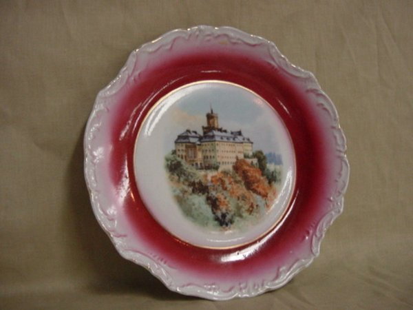8018: Hand painted castle plate by Three Crown Germany