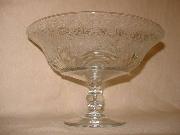 8024: Large crystal compote with etched design